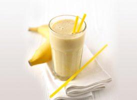 коктейль из яблока и банана
