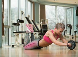 Комплекс упражнений для пресса в домашних условиях: Упражнения с использованием ролика