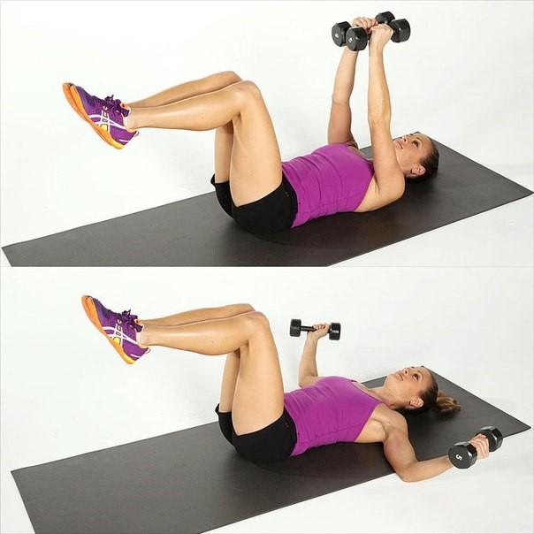 Упражнения для похудения рук и плеч - жим гантелей лежа