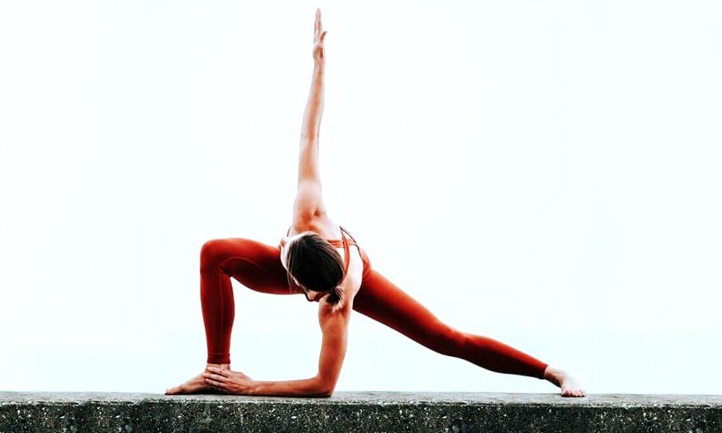 Асаны йоги фото