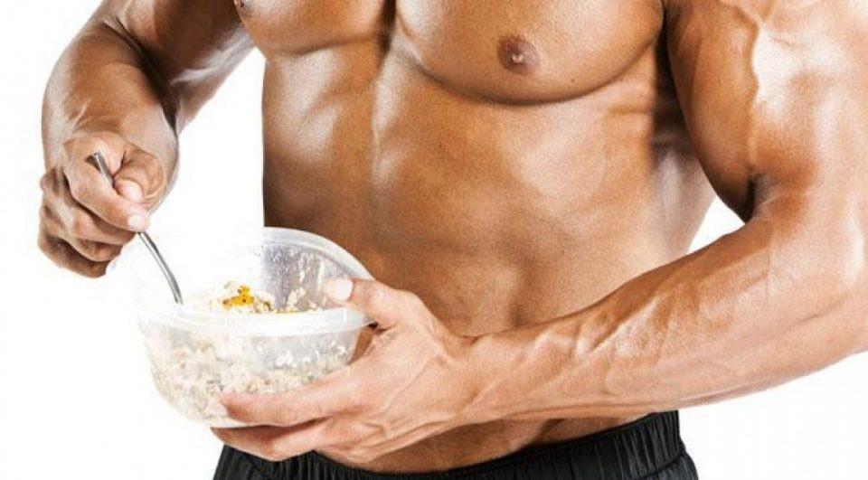 Почему питание бодибилдера так важно для набора мышечной массы