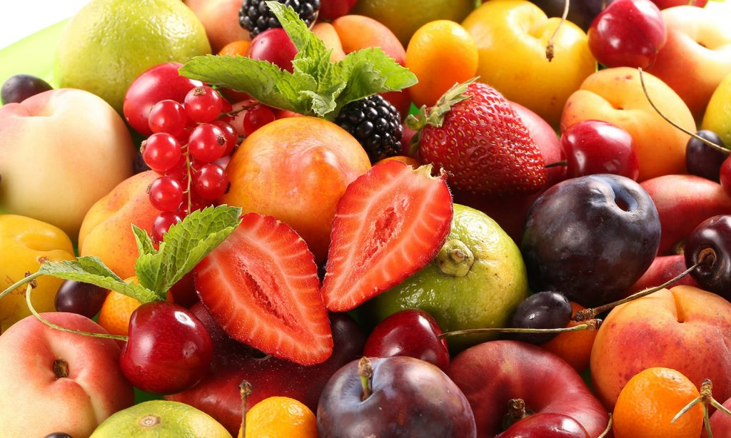 ПП перекус ягоды и фрукты фото