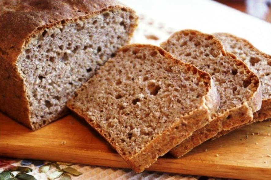 Хлеб ржаной бездрожжевой — 195 ккал
